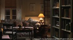 Between Naps on the Porch | You've Got Mail: Tour the Manhattan Brownstone Apartment | http://betweennapsontheporch.net