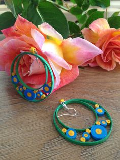 handmade paper quilled earrings by PAPERCRIB on Etsy Quiling Earings, Paper Quilling Earrings, Quilling Paper Craft, Quilling Craft, Quilling Patterns, Quilling Designs, Paper Crafts, Paper Bead Jewelry, Paper Beads