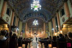 Decoração só com velas na Igreja São Vicente de Paulo - Curitiba, Pr Produção Calla Eventos Especiais