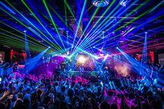 Rpg Cyberpunk, Nightclub Design, Nightclub Bar, Club Lighting, Impractical Jokers, Silvester Party, Club Parties, Types Of People, Night Life