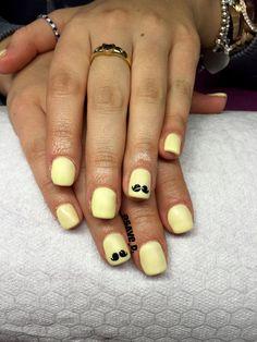 #moustachenails #nailart #crystalnails #giallo #pastello #matt #opaco #lucido