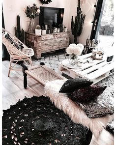 43 Inspirational Modern Living Room Decor Ideas For Small Apartment You Will Like It – Home Design Boho Chic Living Room, Living Room Decor, Bedroom Decor, Bohemian Bedrooms, Cosy Living, Interior Design Living Room, Living Room Designs, Style Deco, Trendy Home