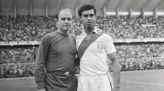 Di Stefano, la estrella mundial que jugó en el estadio nacional.