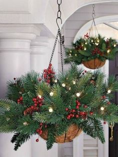 Dekoration Weihnachten - Amazing Christmas Porch Ornament And Decorations 63 Noel Christmas, Rustic Christmas, Christmas Projects, Winter Christmas, Christmas Ornaments, Christmas Greenery, Antique Christmas, Primitive Christmas, Christmas Train