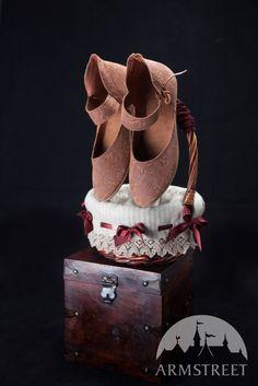 Mittelalter-Damenschuhe aus Leder