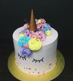 Resultado de imagem para topo bolo unicornio