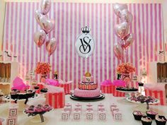 Victoria's Secret - 15 anos - Fru Fru & Cia