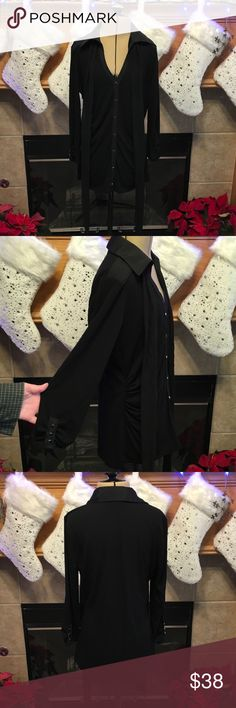 """WHITEHOUSE/BLACKMARKET-SIZE SMALL WHITEHOUSE/BLACKMARKET-SIZE SMALL-LOTS OF GREAT DETAILS WITH THIS PULL-OVER TOP-HAS DETACHED SCARF-ARMHOLE DISTANCE IS ABOUT 16""""-LENGTH IS ABOUT 23""""-67% RAYON-29% POLYESTER-4% SPANDEX White House Black Market Tops Blouses"""