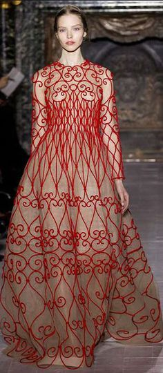 Valentino - Haute Couture Spring 2013 #loveit #lululove #iheart