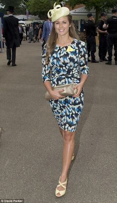 Katherine Jenkins leads the style set as glamorous racegoers descend for day one of Royal Ascot (and the fashion police are back to keep an eye on any dress code offenders) Katherine Jenkins, Royal Ascot, Andy Murray Girlfriend, Pippa And James, Occasion Hats, Pippa Middleton, Dresses Uk, Fashion Company, Dress Codes