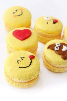 Emoji French Macarons de Limón, deliciosas galletas francesas rellenas de crema de limón. Los French Macarons nunca fueron tan cute como estos emoji.