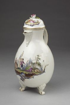 Chocolate pot - Germany ca. 1765. Ludwigsburg porcelain