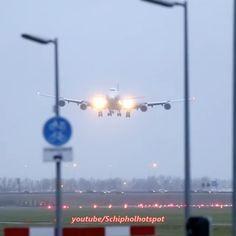 B747 Air Bridge Cargo crosswind landing and massive use of reverse thrust on a wet #Polderbaan #runway #Schipholhotspot  #Air #Bridge #cargo #Schiphol #amsterdam #Schiphol #Airport #airplane #moskow #freighter #B747 #abcargo #megaplane #aviation #reverse #thrustreverser #KLM #crosswind #landing #pink #dhl #landing  By: @schipholhotspot