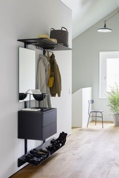 PECASA DRESSING - Designer Walk-in wardrobes from peka-system ✓ all information ✓ high-resolution images ✓ CADs ✓ catalogues ✓ contact. Hallway Shelving, Storage Shelving, Wooden Wardrobe, Shelf System, Modular Shelving, Clothes Rail, Home Office, Wood Design, Furniture Design