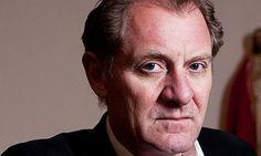 Sir Andrew Motion Poet Laureate, 1999–2009 univ.ox.ac.uk