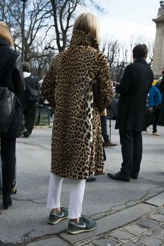 See Every Street Style Snap From Paris Fashion Week: Don't be fooled: the final lap of Fashion Month was no less stylish. Paris Fashion, Autumn Fashion, Street Fashion, Fashion Gone Rouge, Clubbing Outfits, Leopard Print Coat, Style Snaps, Nike Fashion, Women's Fashion