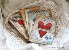 HeART cards.  Altered playing cards.  One of these days I'm going to DO this!  found at Anne's paper fun