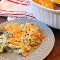 Broccoli Cheese Casserole with sour cream Vegetable Side Dishes, Vegetable Recipes, Veggie Side, Pineapple Cheese Casserole, Brocolli Casserole, Vegetable Casserole, Poppy Seed Chicken Casserole, Great Recipes, Favorite Recipes