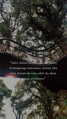 Berjuanglah selama kita mampu dengan cara yang allah ridhou Daily Quotes, Best Quotes, Life Quotes, Muslim Quotes, Islamic Quotes, Beautiful Words In English, Cinta Quotes, Religion Quotes, Motivational Quotes