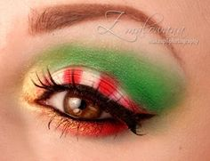Holiday Glitz Candy Look http://www.makeupbee.com/look.php?look_id=72161