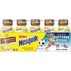 NESQUIK Ready-to-Drink comes in a variety of delicious flavors in a resealable bottle, perfect for when you're on the go. Kid Drinks, Fruit Drinks, Juice Drinks, Beverages, Nestle Chocolate, Chocolate Flavors, Nesquick, Disney Coffee Mugs, Candy Buffet