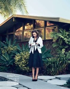 Saturated Housekeeping Editorials : a touch of class