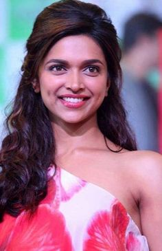 Deepika Padukone Beautiful Images #DeepikaPadukone #Bollywood #FoundPix