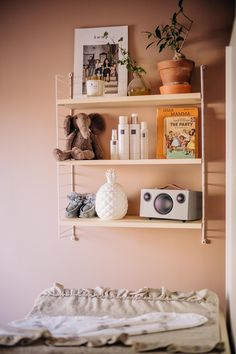 Child Room, Kids Room, Floating Shelves, Children, Interior, Inspiration, Home Decor, Dekoration, Young Children
