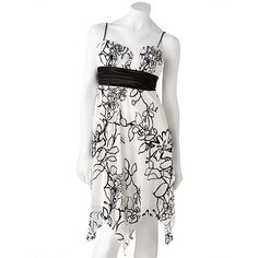 Speechless Pleated Floral Dress