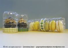 packaging for cupcakes, cookies, and macarons Repurposed plastic bottles as food gift packaging - love this!)Repurposed plastic bottles as food gift packaging - love this! Bake Sale Packaging, Macaron Packaging, Cookie Packaging, Bottle Packaging, Gift Packaging, Packaging Ideas, Baking Packaging, Soda Bottle Crafts, Plastic Bottle Crafts