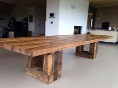 Rustic Kitchen Island, Farmhouse Style Kitchen, Farmhouse Table, Rustic Coffee Tables, Rustic Table, Wood Table, Timber Furniture, Pallet Furniture, Rustic Furniture