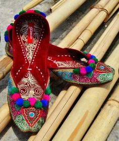Poetry in Motion by Finesse Footwear Embroidered Mojris Crafted in Pakistan and North India #available on jaypore.com #mojris #phulkari #embroidery #colorful #colorsofPunjab #musttry