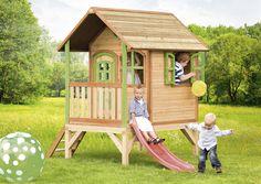 Kinder-Holz-Spielhaus Axi TOM Kinderspielhaus Stelzen Veranda Rutsche AXI Spielhaus Tom Auch wenn Sie mehrere Kinder in Ihrem Garten haben, können sich diese alle gleichzeitig am und im Haus aufhalten. So wird die Fantasie der Kinder durch das Haus angeregt und gesteigert. Denn: Gemeinsam spielen ist wichtig für die Entwicklung des Kindes.
