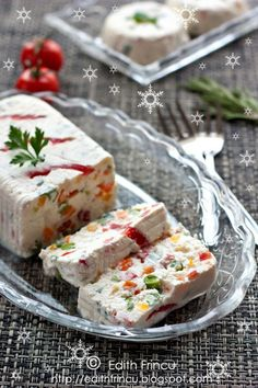 Cheese and Vegetables Terrine. Cheese and vegetables terrine (in Romanian) Edith's Kitchen, Mousse, Romanian Food, Gazpacho, Milk Recipes, Food Presentation, Food Preparation, Queso, Food Art