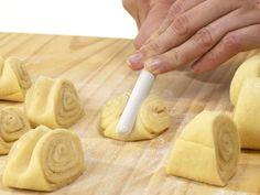 Zimtschnecken backen - so geht's - zimtschnecken-kochloeffel Rezept