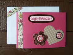 Carte double scrapbooking pour souhaiter un bon anniversaire.
