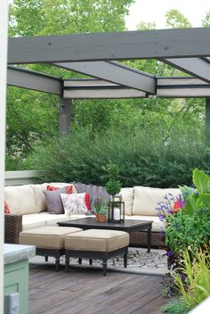 Pergola | Painted Cedar | Retractable Shade | Roof Top | Urban | Garden | Landscape | Design