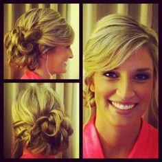 Wedding hair, loose curls