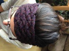 Patron gratuit: Bandeau torsadé qui brille-de-mille-feux – La Bobineuse Bandeau Torsadé, Crochet Wool, Knitted Headband, Loom Knitting, Headbands, Hair Beauty, Girly, Hair Styles, Bonnets