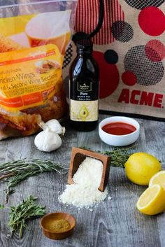 Parmesan and Garlic Chicken Wings recipe Parmesan Chicken Wings, Fried Chicken, Chicken Spaghetti, Brunch Party, Baked Chicken Recipes, Chicken Seasoning, Serving Dishes, Keto Recipes, Stuffed Peppers