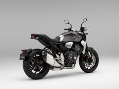 Honda Neo-retro Sports Café launched - Honda's stunning 2018 bike, meshes, naked-sportster style, with neo-retro accents - forming a distinct new motorcycle package; the neo-retro café. Ducati 916, Triumph Bonneville T100, Honda Cub, Honda Cb750, Yamaha R1, Mv Agusta, Moto Bike, Motorcycle Bike, Futuristic Motorcycle