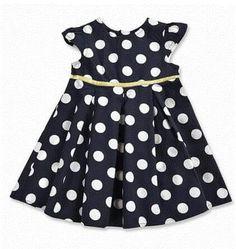 Super schattig jurkje! Nog verkrijgbaar in de maten 62 t/m 80 #babykleertjes #babykleding #babygirl#babyjurkje#babydress