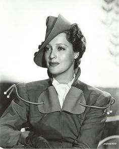 This is an original, vintage promo photo of Jeanette MacDonald from Sweethearts (1938) - ESCANO COLLECTION