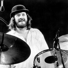 Happy birthday to the powerhouse that is John Henry Bonham 🎶🎈 #johnbonham #ledzeppelin #bonzo #drummer #happybirthday #legend