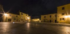 Monteriggione, Piazza bei Nacht - fotografiert von meiner Mitfahrerin Regine Richter