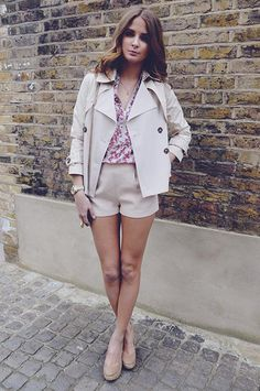 GET THE LOOK: SHORTS – SUPERTRASH. SHIRT – WAREHOUSE. JACKET – WAREHOUSE. WEDGES – OFFICE. NECKLACE – DOWER & HALL. BAG – ASPINAL.  apr