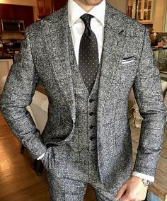 Grey heather men's tweed three piece suit; gentleman's style; Mens Fashion Suits, Mens Suits, Fashion Outfits, Men's Work Fashion, Mens Gray Suit, Sharp Dressed Man, Well Dressed Men, Moda Formal, Tweed Suits