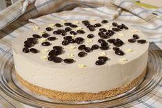 1241251498_img-d41d8cd98f00b204e9800998e Cake, Desserts, Food, Pie Cake, Tailgate Desserts, Pie, Deserts, Cakes, Essen