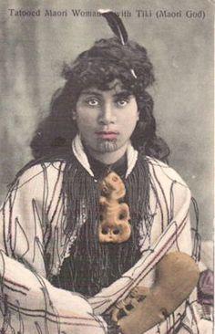 New Zealand Historical Postcards 28 Maori People, Tribal People, Maori Tattoo Designs, Maori Tattoos, Tatoos, Maori Words, Maori Symbols, Polynesian People, National Symbols