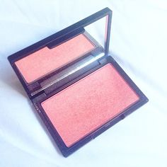 Delighted to discover this Nars Orgasm Dupe in the form of Sleek Makeup's Rose Gold Blush! Such a highly pigmented and beautiful product with gold flecks! Sleek Rose Gold, Sleek Makeup, All Things Beauty, Dupes, Nars, Blush, Posts, Messages, Rouge